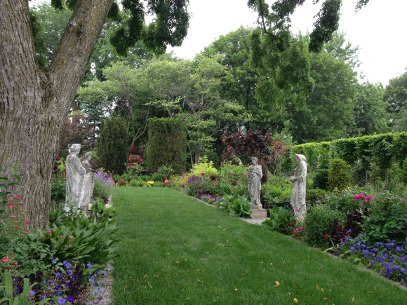 PHOTO: Four seasons statues at the Bergmann residence garden.