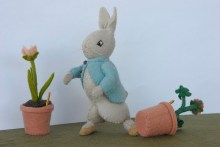 PHOTO: Waud felt figurine of Peter Rabbit.