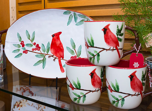 Hand-painted tableware