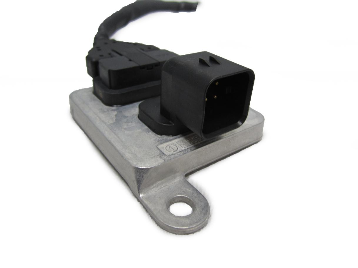 hight resolution of  new factory gm diesel emission fluid nox nitrogen oxide sensor 6 6l duramax