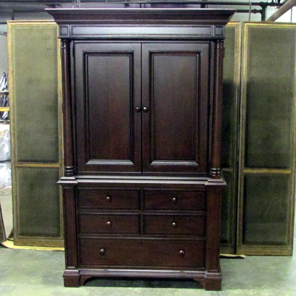 Thomasville Furniture Fredericksburg Bedroom Set  Choose the pieces Bed Chests  eBay