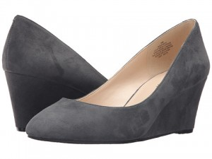suedewedge_shoes