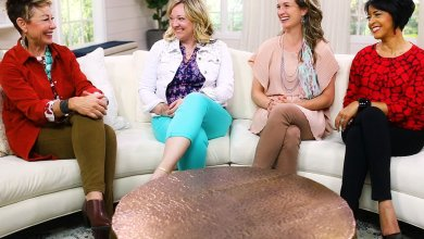 Carol and women sitting on couches talking about secondary Type 3