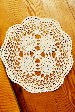 Doilies, Napkins & Lace Runners