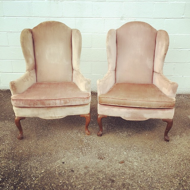 Hey, blushing ladies!  Welcome to our inventory! Freshly cleaned and ready to go #vintagerentals #vintage #dcweddings #vaweddings #aCreativeDC
