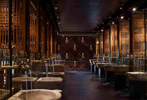 lavo-walkway-to-club1