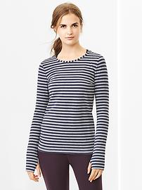 GapFit Breathe yarn-dyed stripe tee - marine blue