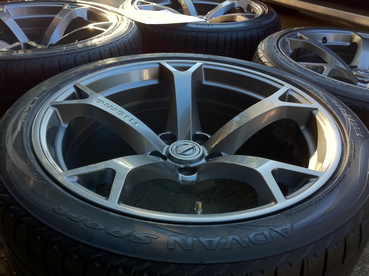 "19"" FS/FT OEM 370Z 19"" NISMO Wheels In Gunmetal"
