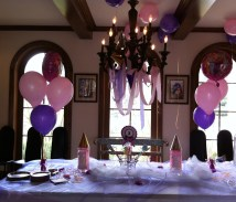 View of the entire cake table