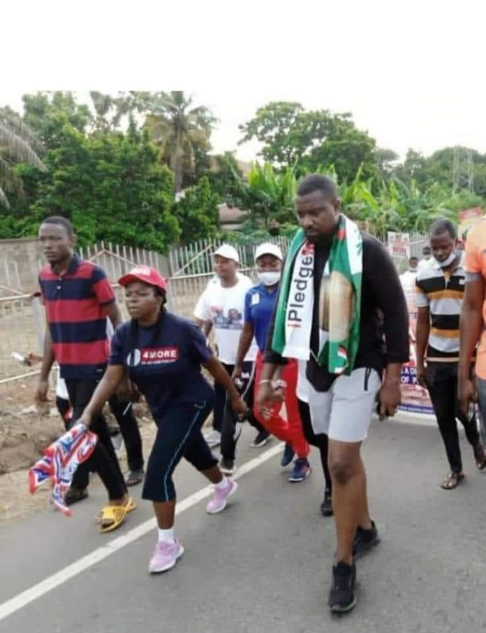 Ghana first: John Dumelo and Lydia Alhassan engage in peace walk [Photo]