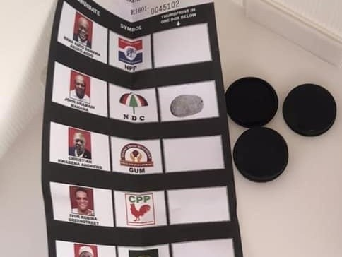 Zebilla: One arrested for taking a photo of his thumb printed ballot paper