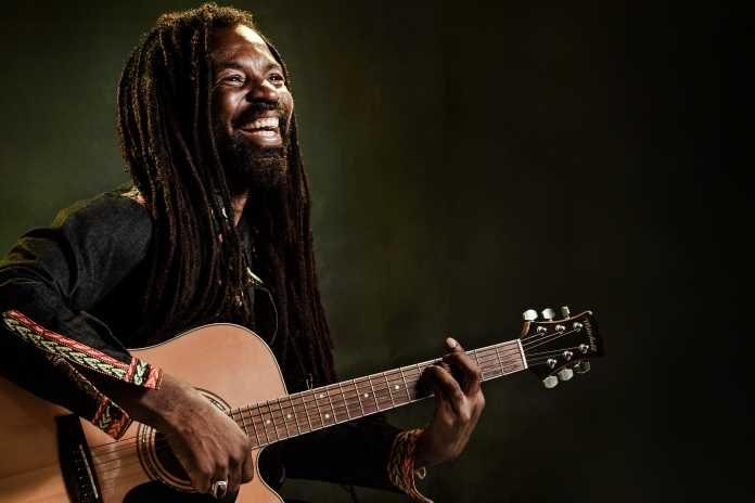 Rocky Dawuni teaches how to win a Grammy