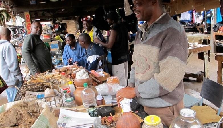 Zimbabweans at the market