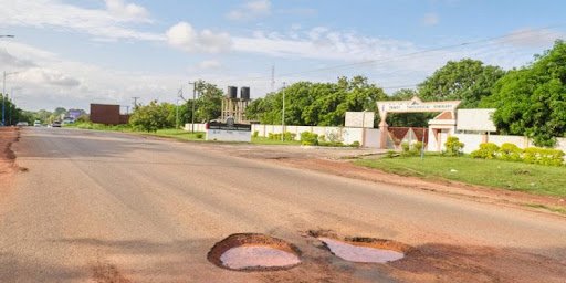 We will not pay you if you don't return to fix the road – Ministry threatens contractor