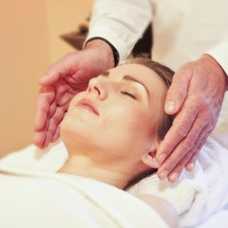 what is reiki, reiki, emotional healing with reiki, reiki during addiction recovery, benefits of reiki, reiki for addicts