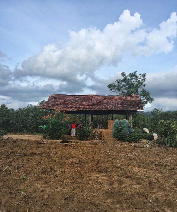 Simple houses near Gal Oya Lodge