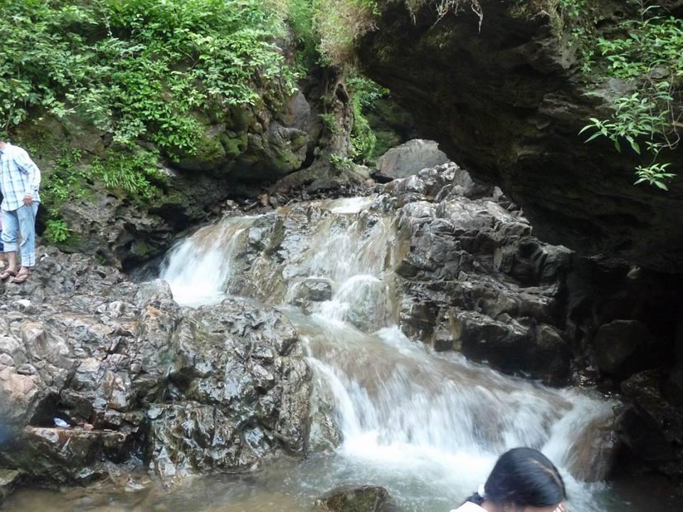 Hathnimata Waterfall