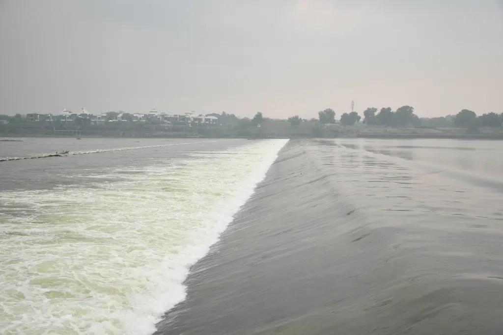 Sindhrot check dam flowing water