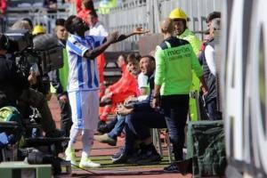 Sulley Muntari reacts to supporters during Pescaras 1 -0 defeat at Cagliari