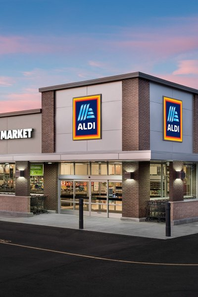 Aldi food marekt at dusk,