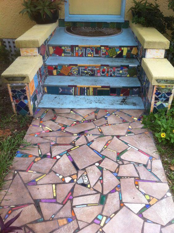 20 DIY Mosaic Ideas to Make for Your Garden