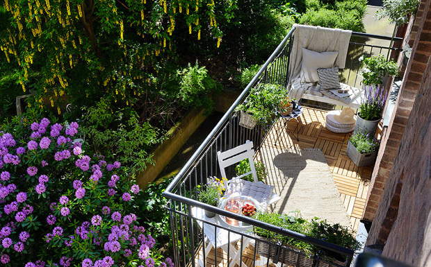 15 Balcony Garden Ideas For Plant Lovers That Live In