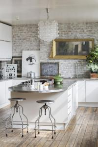 Whitewashed Brick Interior Is The Best Way To Add Texture ...