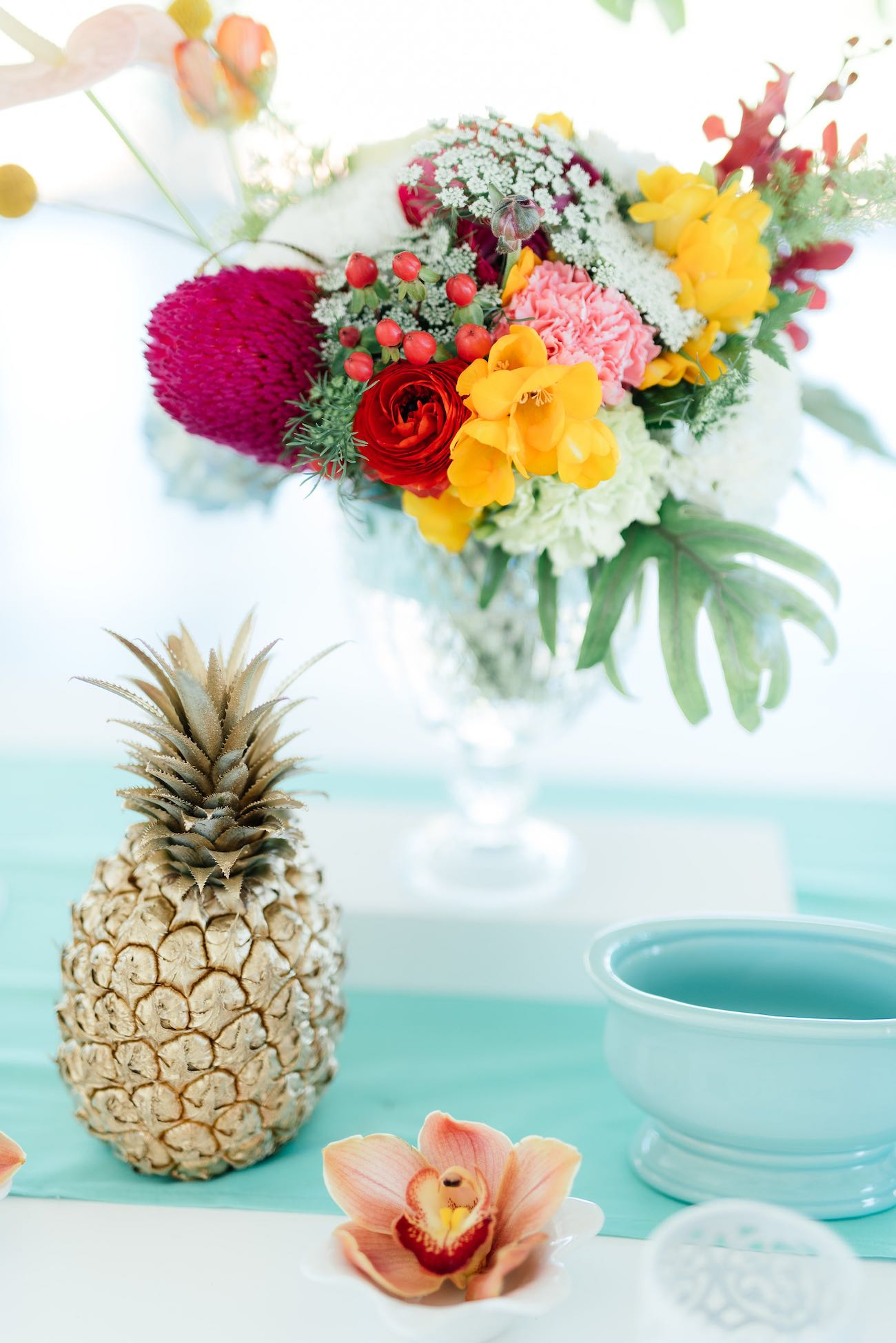 Spray Paint Pineapple Is Easy And Cheap Decor That Anyone