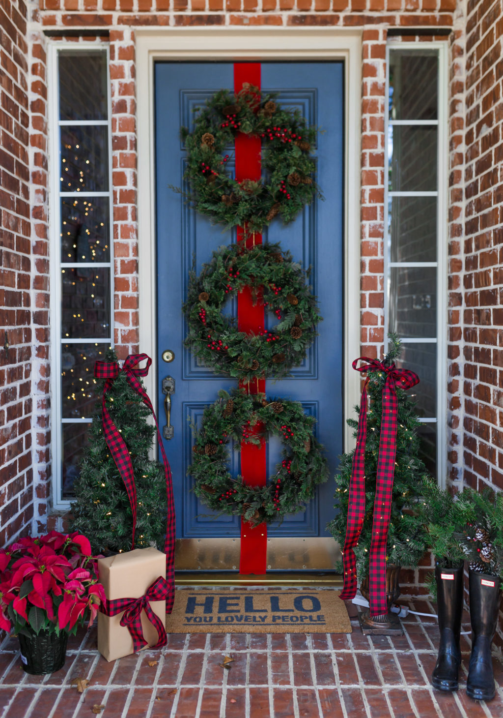 Unique Christmas Door Decorations