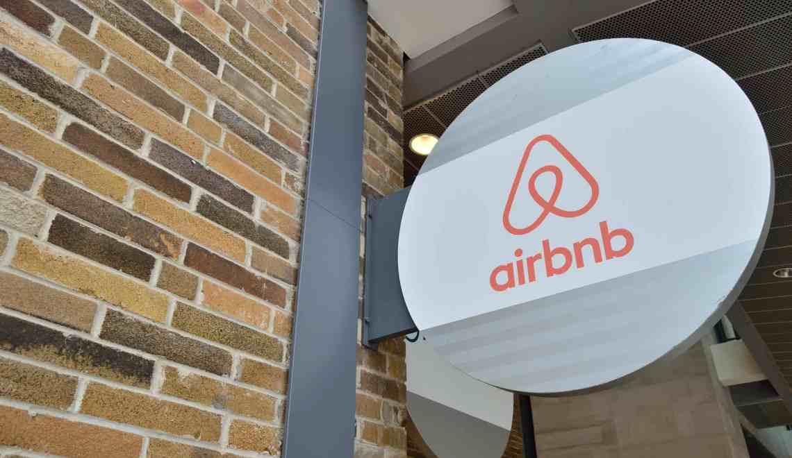 Can Airbnb Survive the Pandemic?