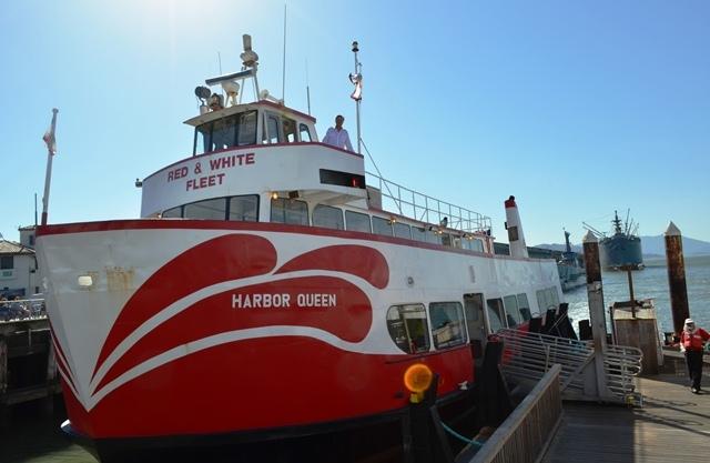18. ဒါကေတာ႕ အဘတို႕စီးတဲ႕ Golden Gate ( Sanfrancisco ) Bay Cruise သေဘၤာပါ ။