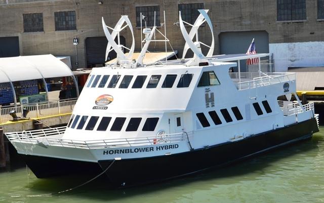 19. ဒါကေတာ႕ အဘတို႕စီးတဲ႕ Hornblower Hybrid သေဘၤာပါ ။