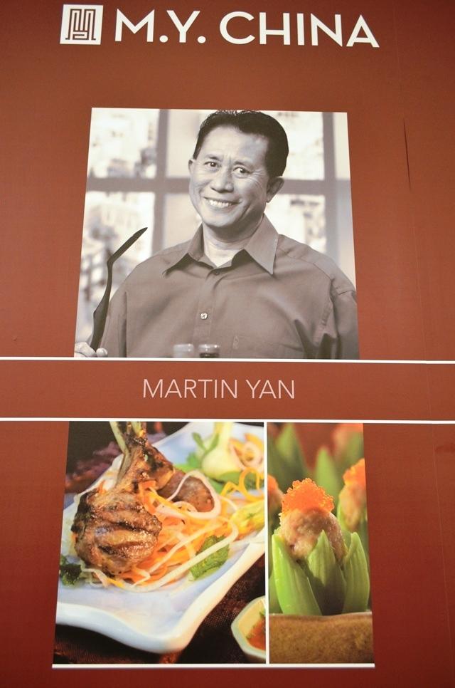"""20. ျမန္မာျပည္က """" Yan Can Cook """" TV စီးရီး က စားဖိုမႉးႀကီး """" Martin Yan """" ။"""