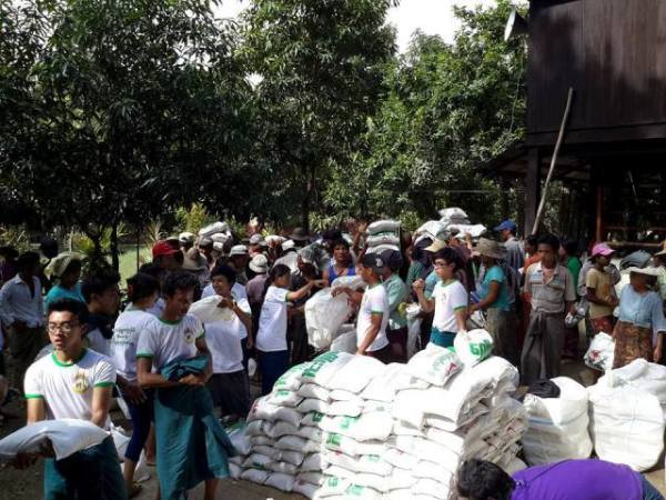 Donation for flood victims 7