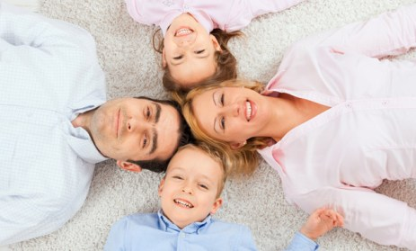 happy-family-on-carpet