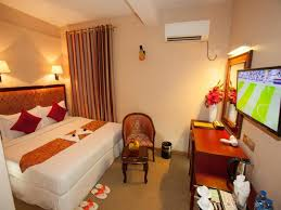 Hotel room (2)