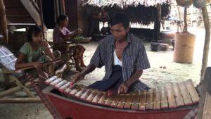 Myanmar traditional Xylophone (Pattla)