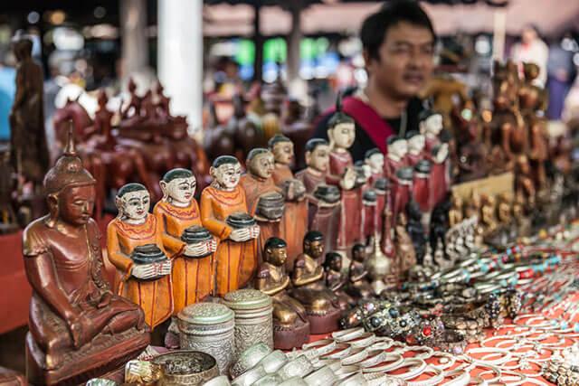 myanmar souvenirs