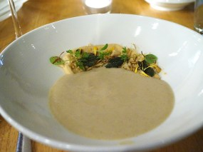 Roasted sunchoke soup with hen-of-the-woods mushrooms, marcona almond butter and fried sage. This was very, very good. The sunchoke soup by itself was excellent, and while mixing in the other bits didn't harm it I would have been just as happy just eating the soup with the mushrooms floating boringly on top.