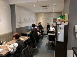 C&R Cafe-Restaurant: Interior