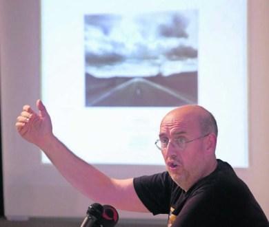 Thumbnail for Sobre museos, blogs y redes sociales. Este mundo virtual visto por Fernando Castro Flórez