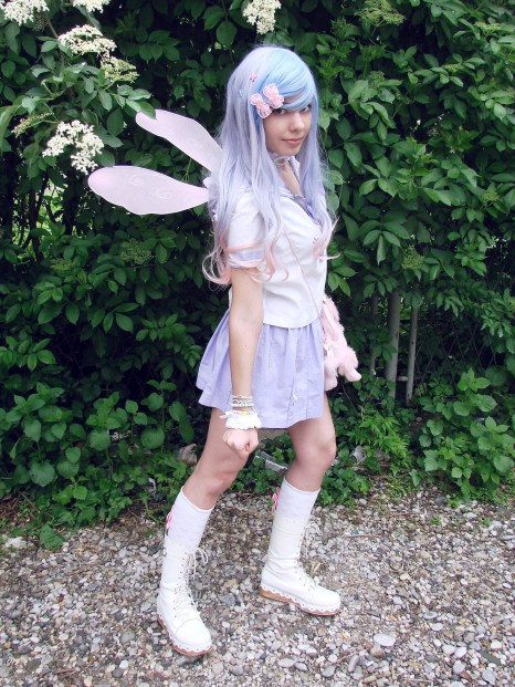 Anja as mahō shōjo (magical girl) for illustration of kawaii styles on my lecture about Japanese culture of cute at Sferakon.