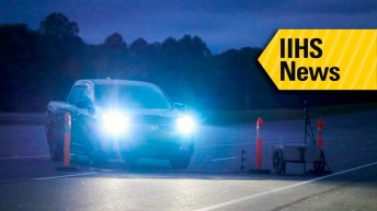 MOST PICKUP TRUCKS HAVE POOR HEADLIGHTS TESTS SHOW