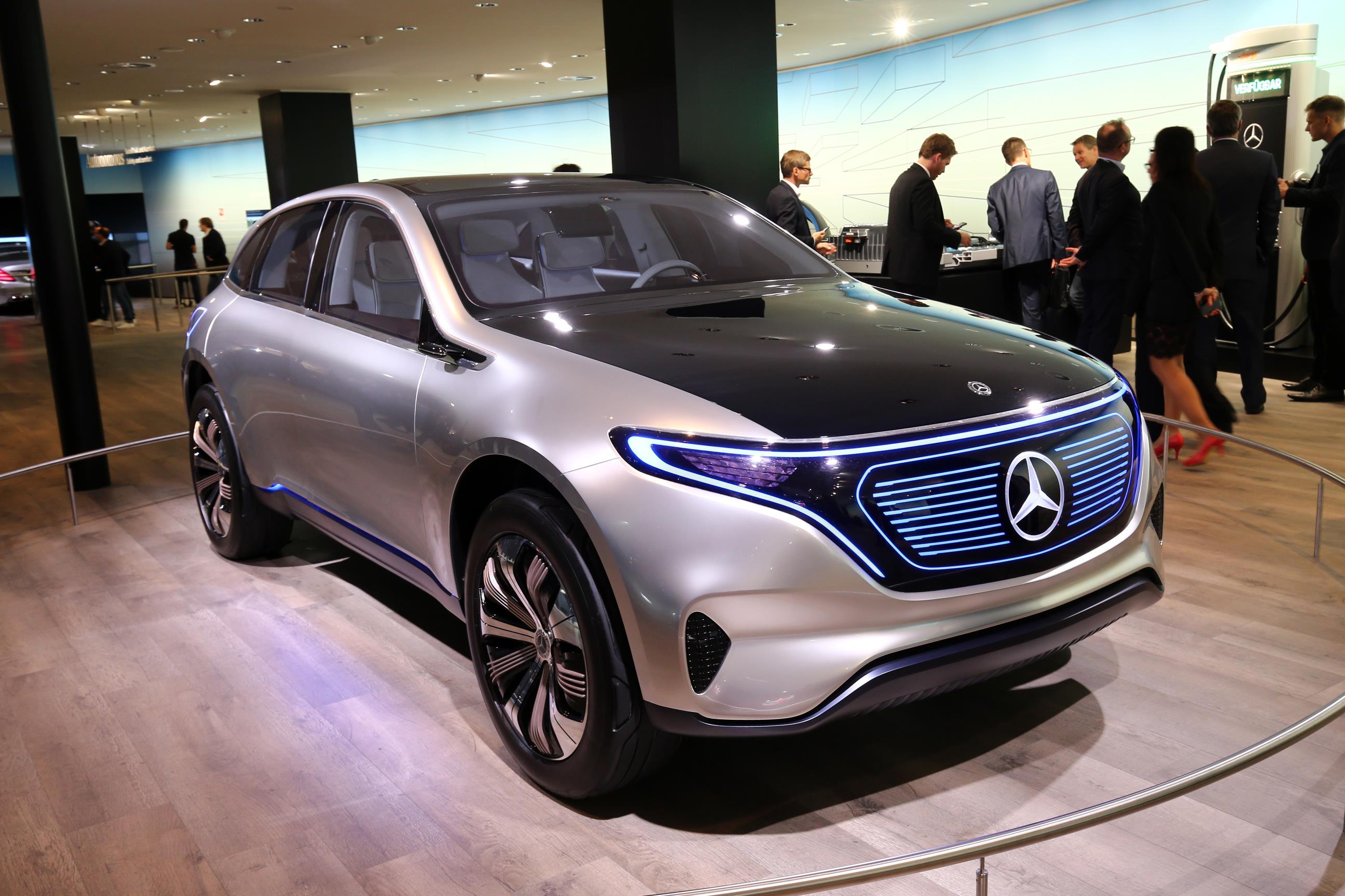 Mercedesbenz Concept Eqa Show Car  Myautoworldcom