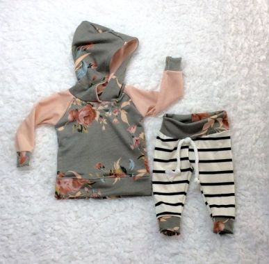 Newborn Clothes 135