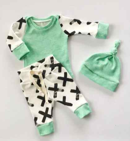 Newborn Clothes 142