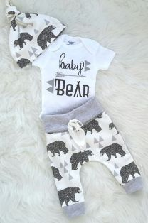 Newborn Clothes 51