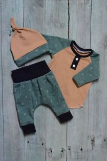 Newborn Clothes 63