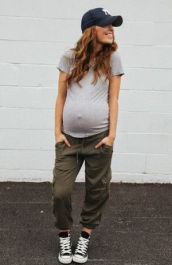Pregnancy Photos 24