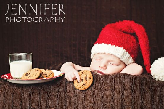 Newborn Christmas Pictures 25